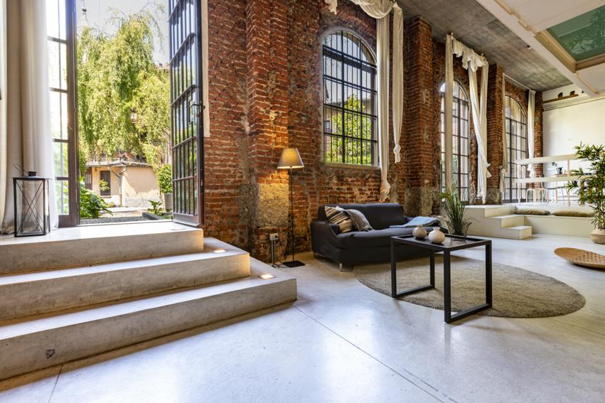 Loft a Milano Home Staging Karisma, vendita veloce per investitori, ingresso